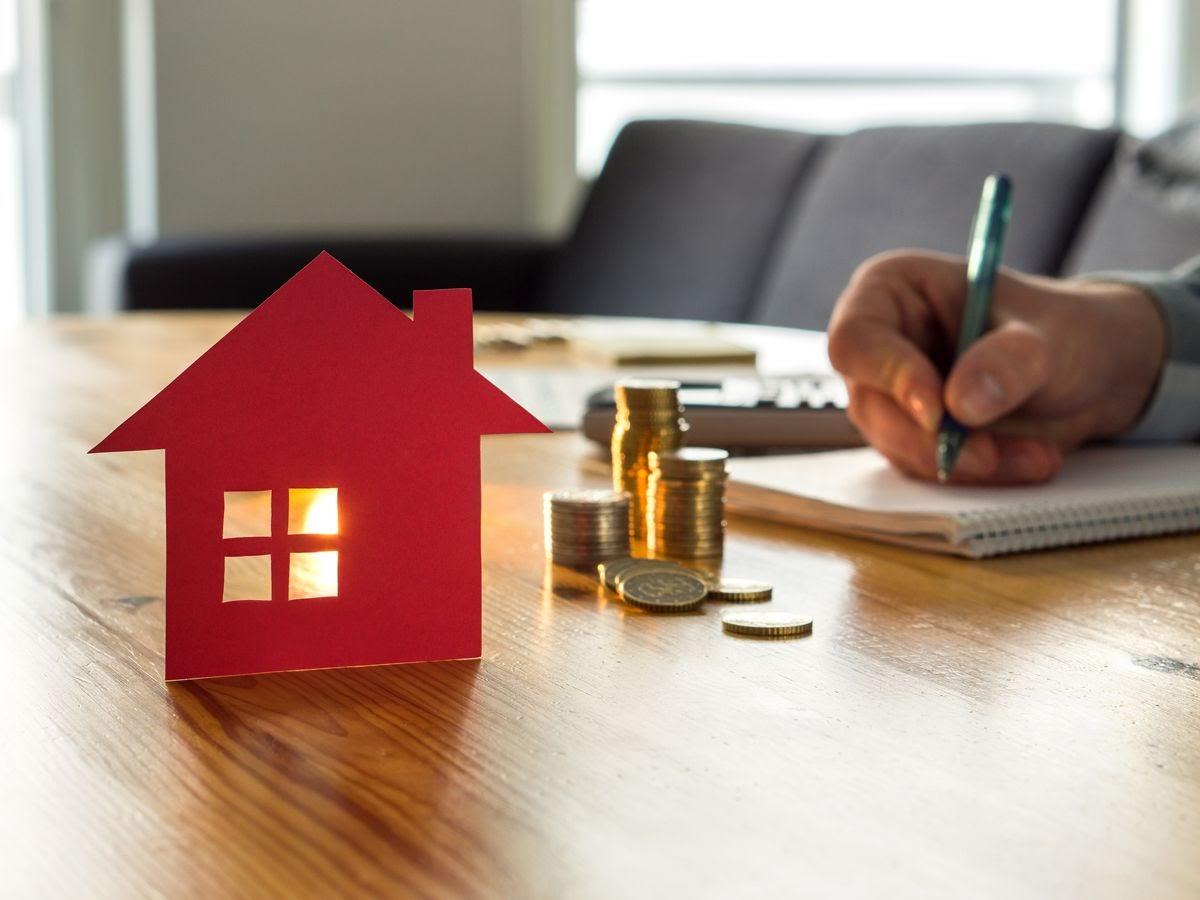 menabung untuk beli rumah